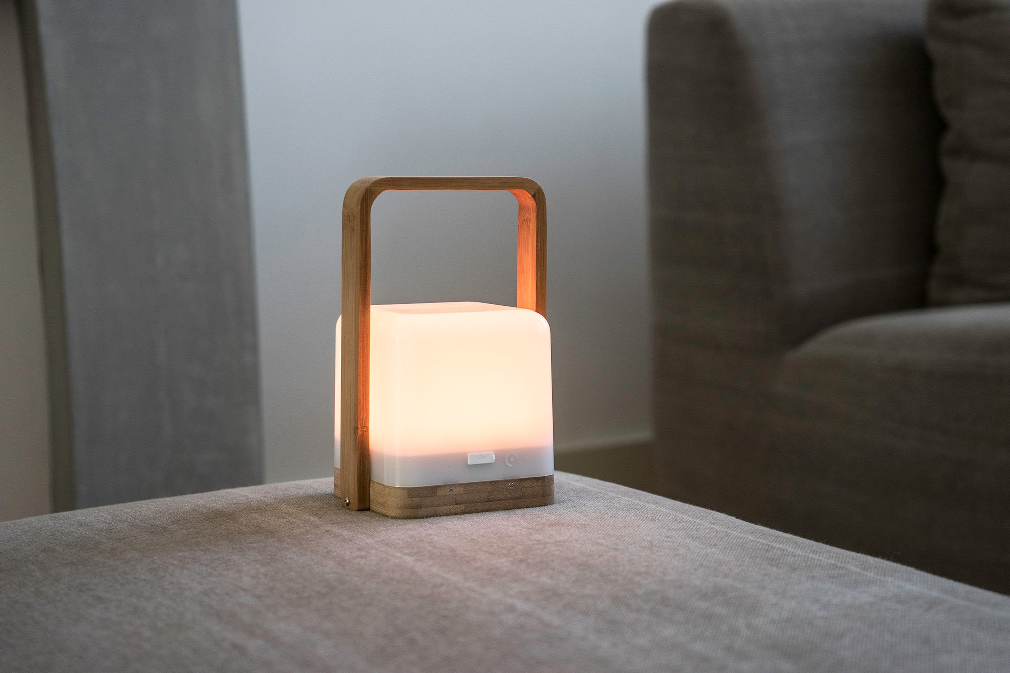 Lucis wireless lamps on The Gadget flow