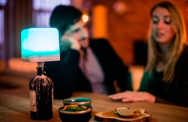 Comparing the best Wireless Mood lamps in the market without